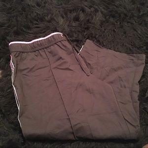 USED Made For Life Capri Pants